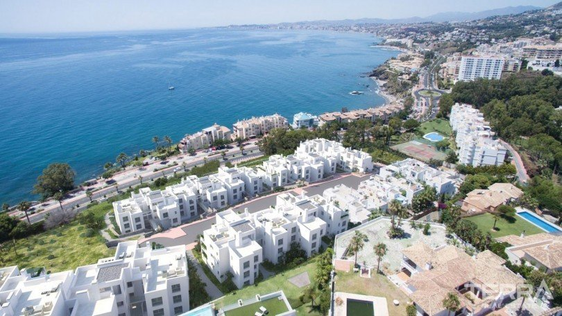 Sea-front Apartments in Benalmádena Spain