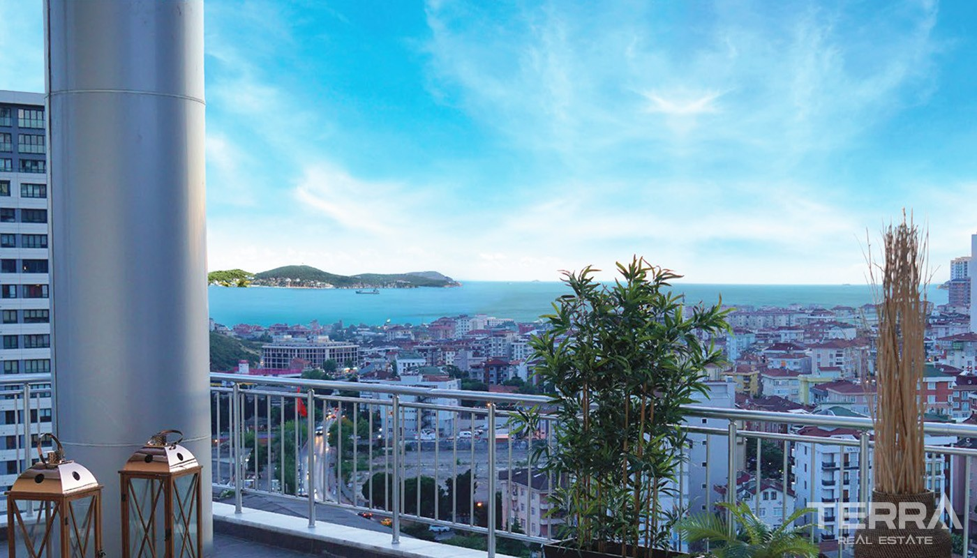 New Apartments Overlooking the Sea and Islands in Istanbul Maltepe