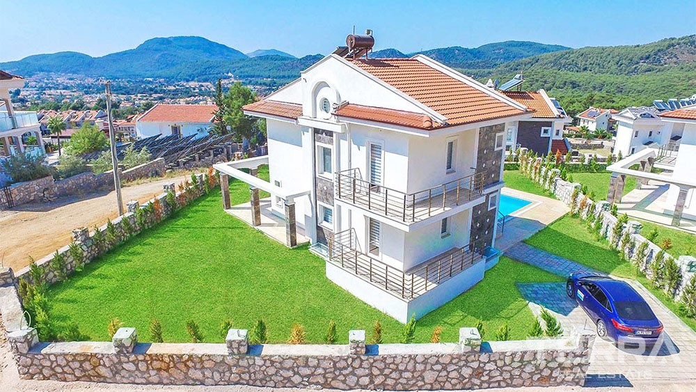 Luxury Villas for Sale in Fethiye Overlooking the Mountains of Babadağ
