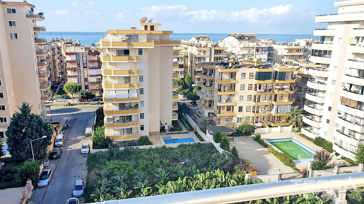 Apartment for Sale in Alanya Mahmutlar within Walking Beach Distance