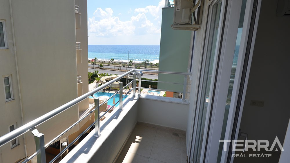 1 bedroom apartment at sea front location in Kestel Alanya
