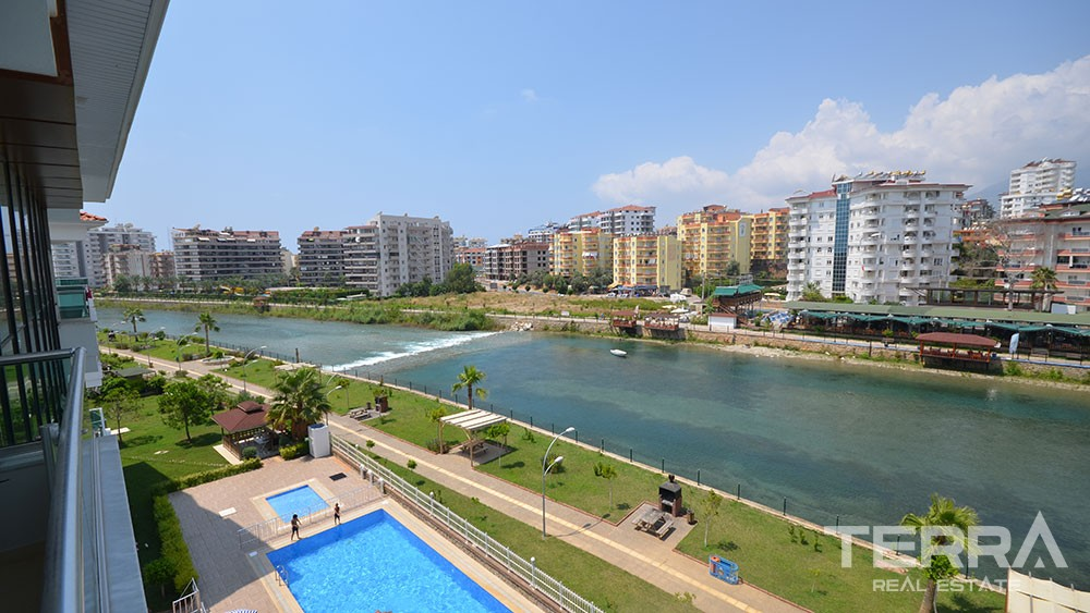 Spacious apartments for sale along the Dim River in Alanya