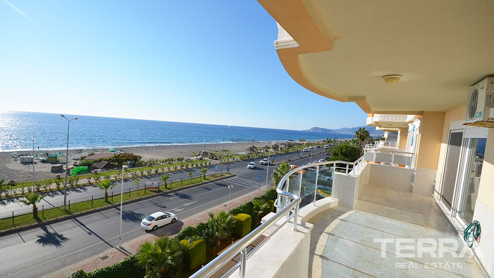 Beachfront apartment for sale in Mahmutlar, Alanya