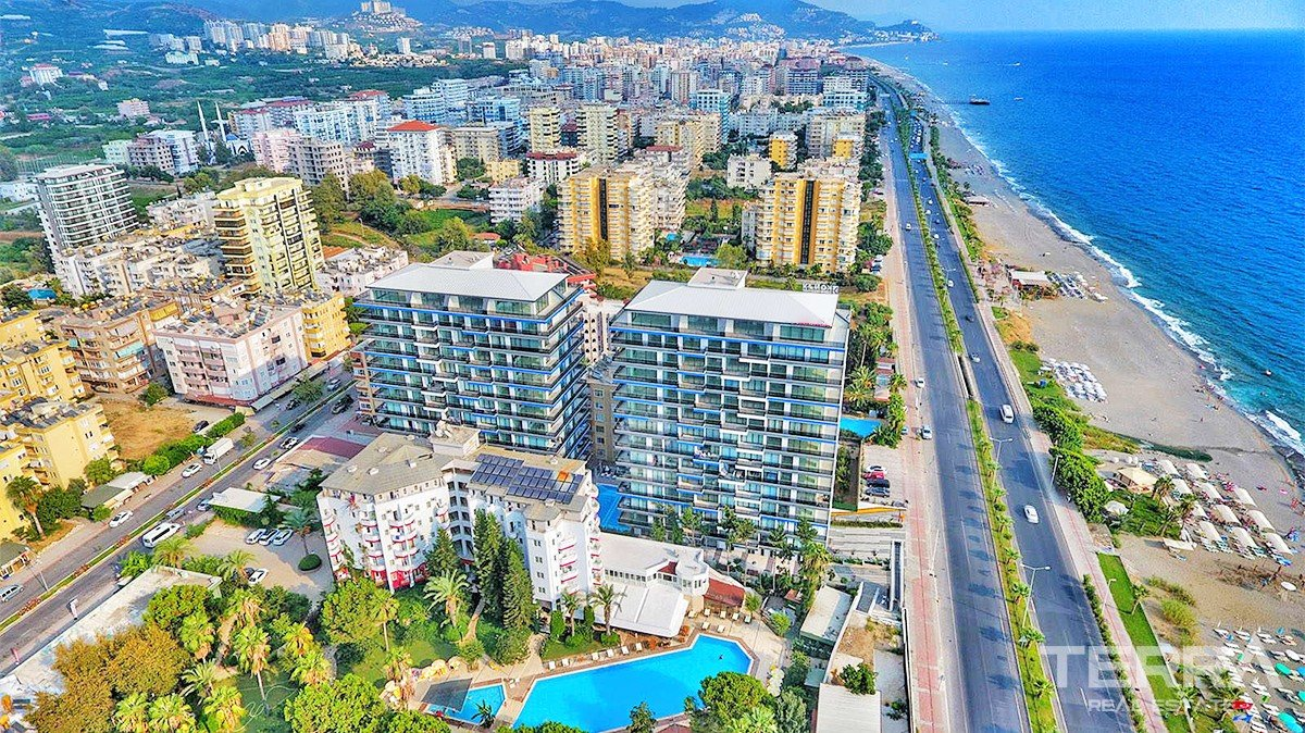 Seafront apartments for sale in Alanya, Mahmutlar