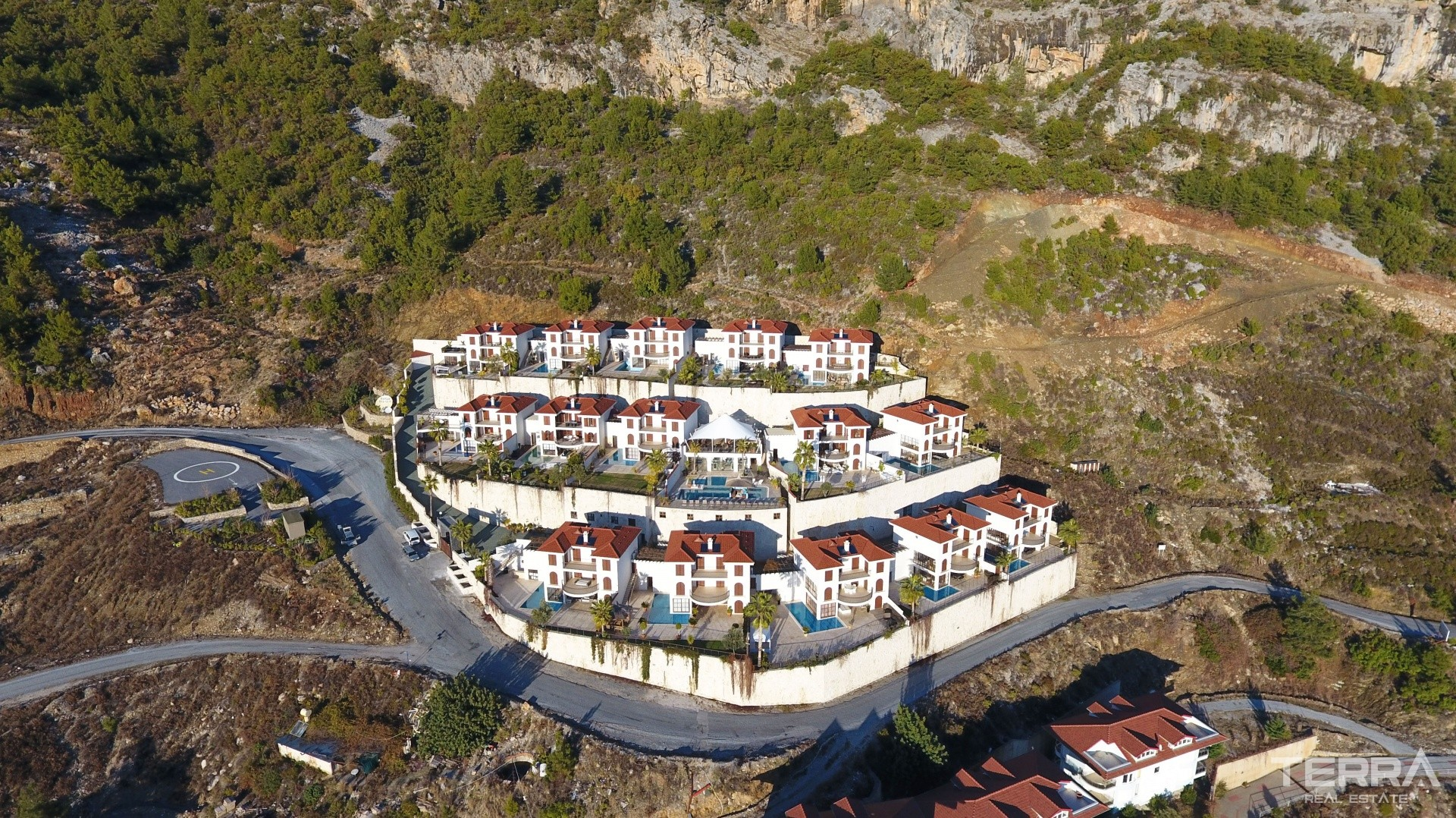 Land for sale in Alanya Bektaş with building permission