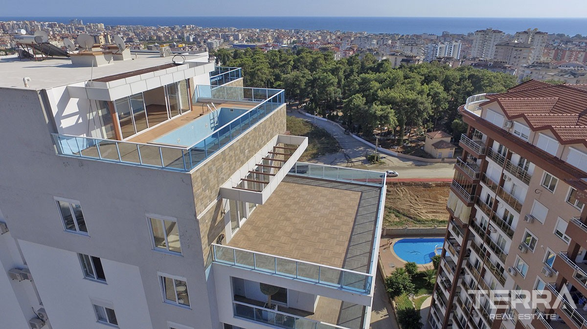 Exclusive sea view penthouse for sale in Alanya, Cikcilli
