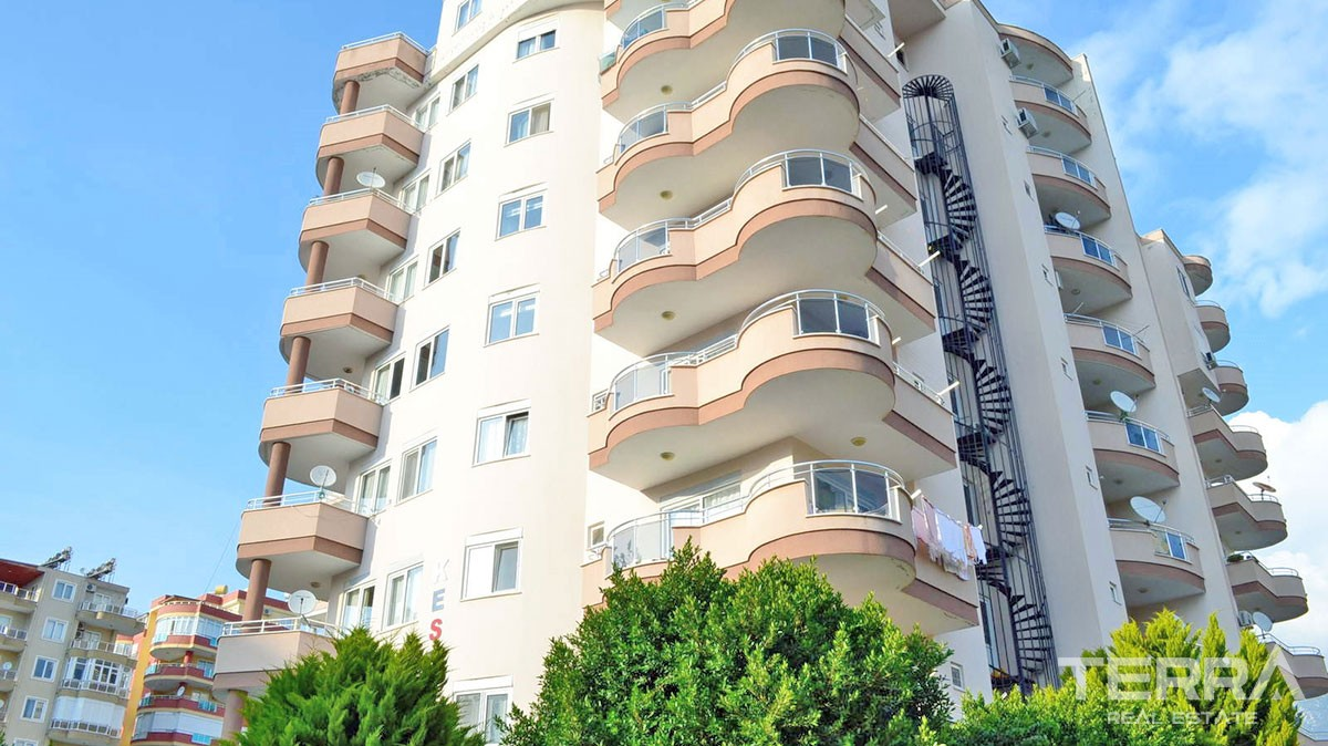 Cheap 2 bedroom apartment for sale in Mahmutlar, Alanya