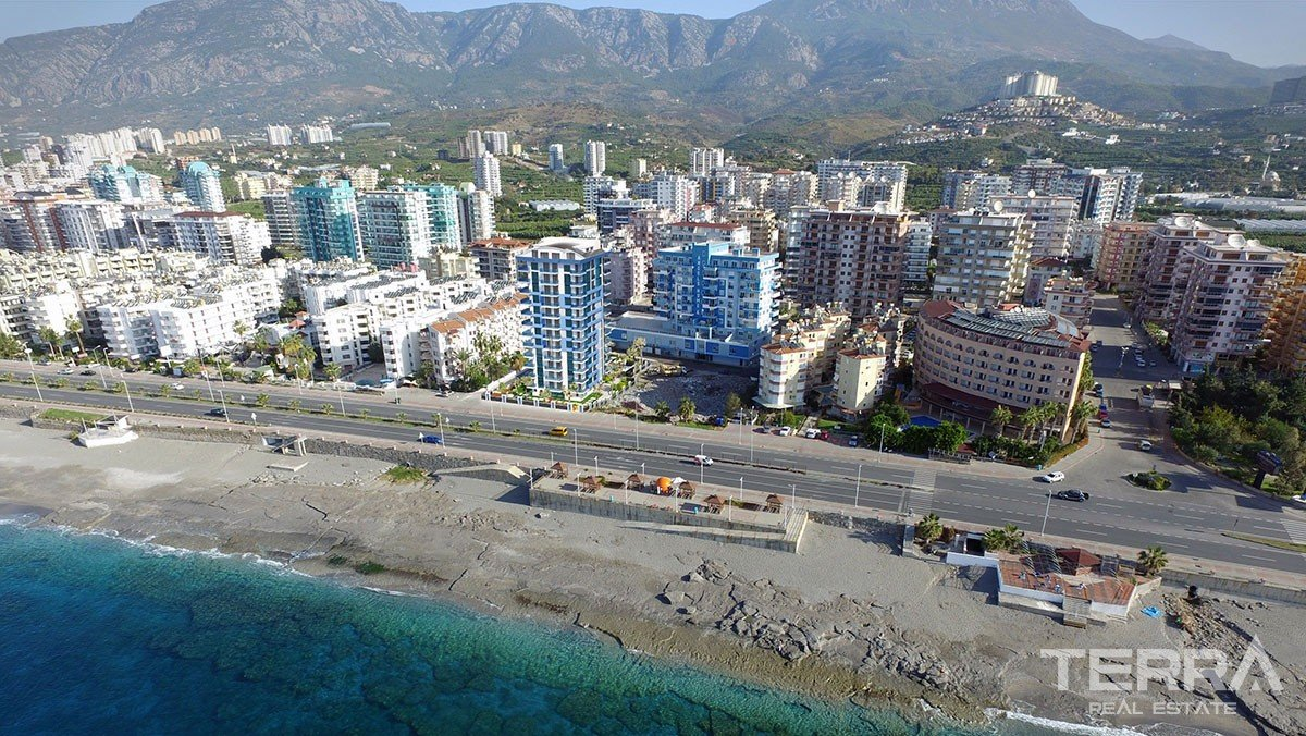 Sea front new apartments for sale in Alanya, Mahmutlar