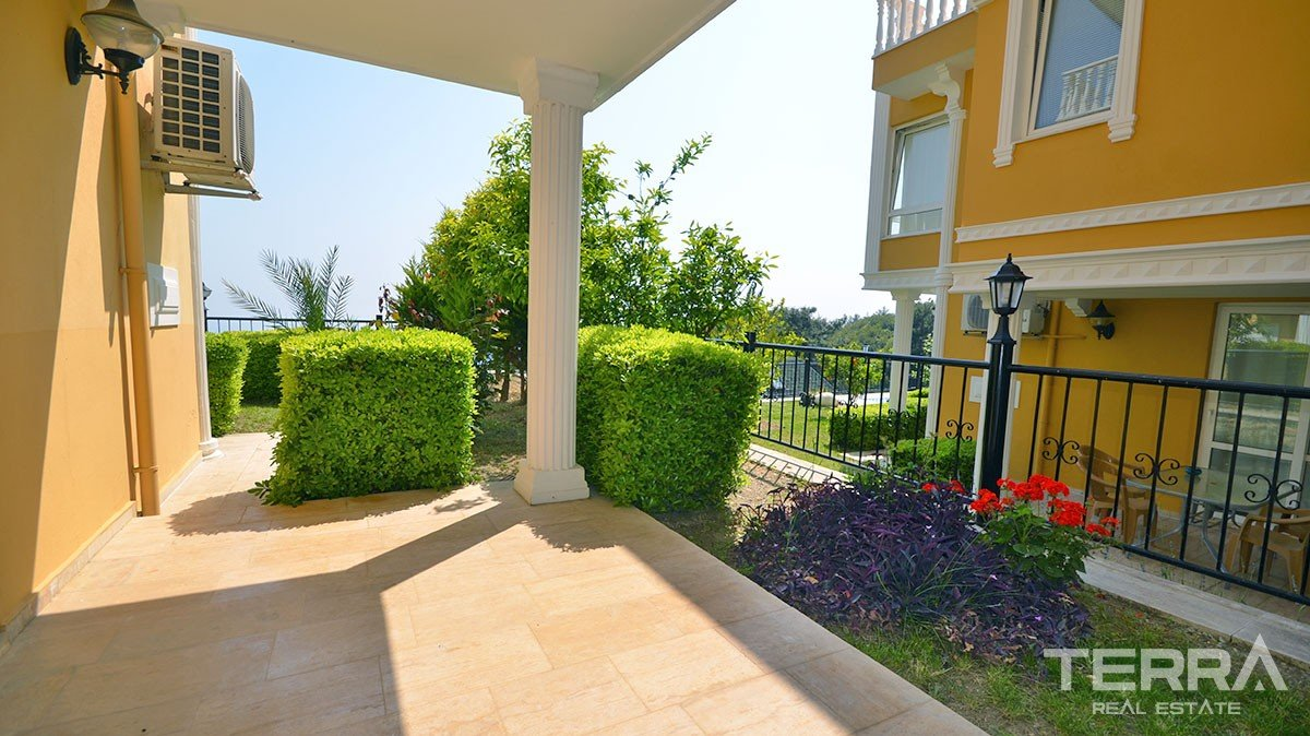 Detached villa for sale in Alanya Tepe with private swimming pool