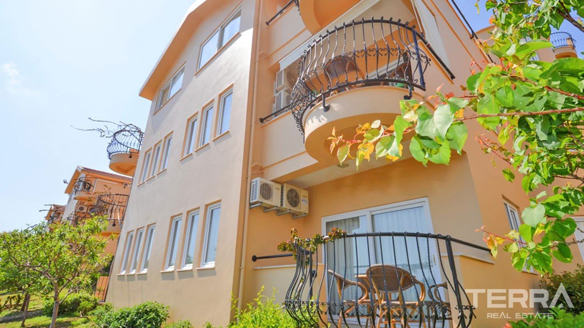 Bargain 1 bedroom apartment at Gold City Residence in Alanya, Kargıcak