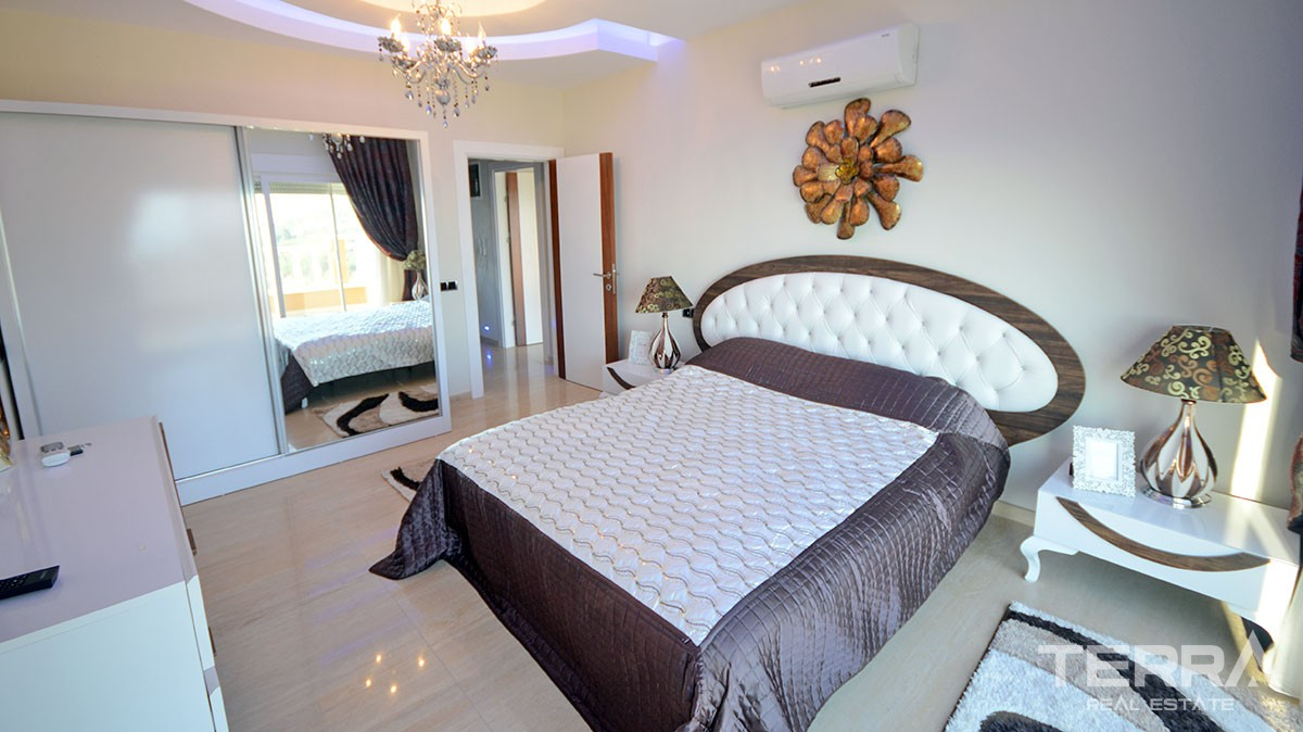 Fully furnished luxury villa for sale in Alanya Bektaş