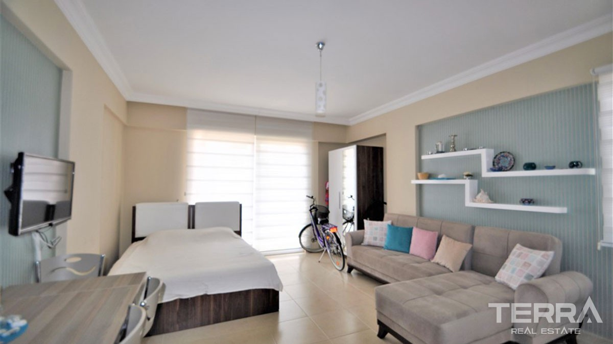 Furnished apartment at a very bargain price in Mahmutlar Alanya