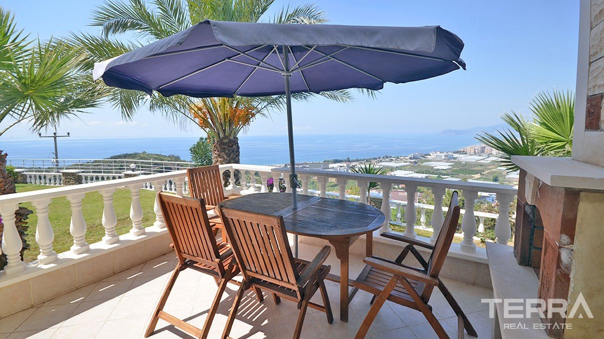 Fully furnished sea view villa for sale in Alanya Kargıcak