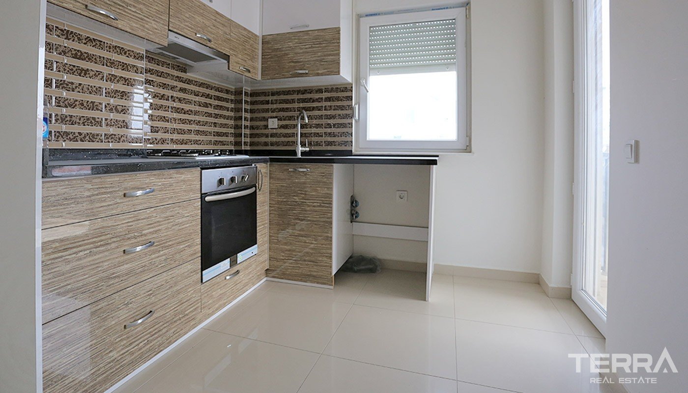 Luxury Duplex Apartment in Konyaalti with Separate Kitchen