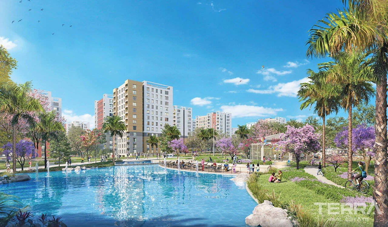 Antalya Apartments in an Impressive Mega Development in Antalya Kepez