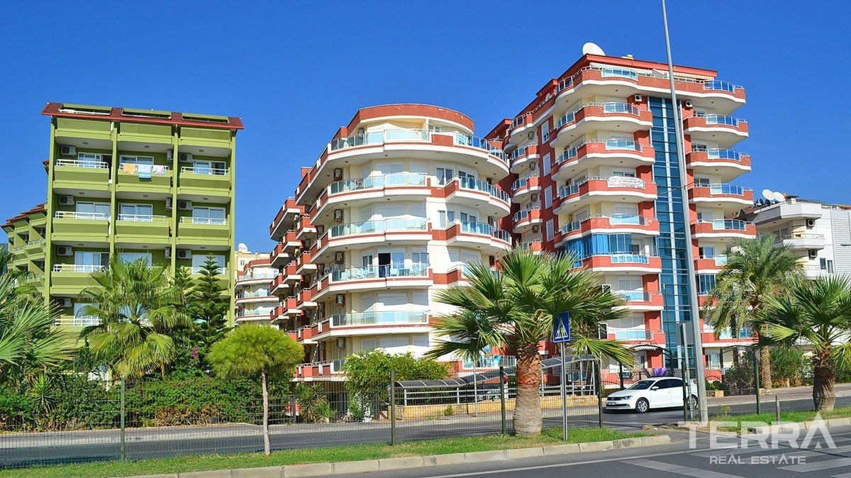 Sea-front Fully Furnished Apartment in A High-end Complex in Alanya