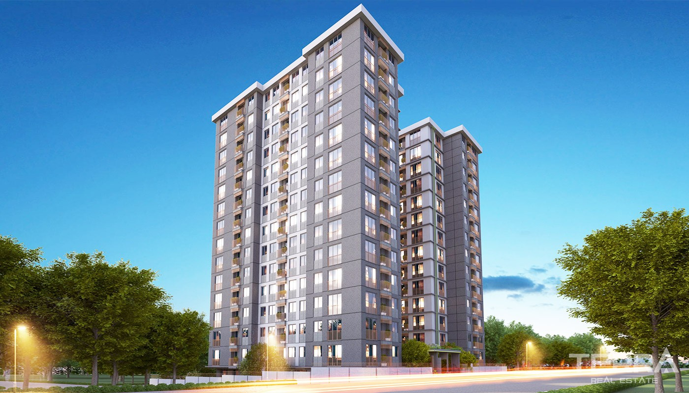 Modern Istanbul Apartments 300 mt to the TEM Highway