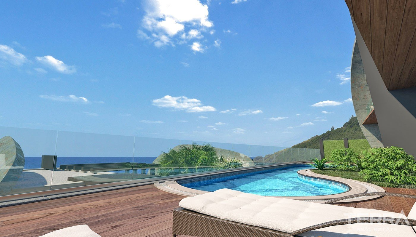 Sea-view Villas for Sale in Alanya Tepe with Swimming Pool
