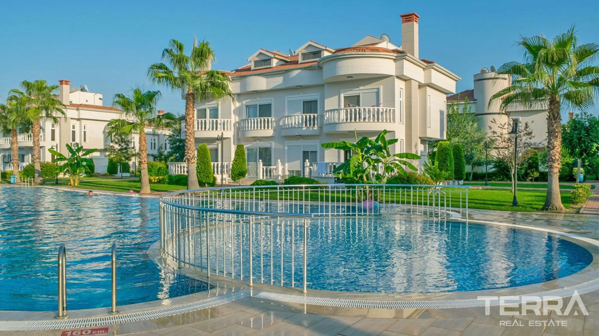 Luxury Villa Complex in Proximity to Beach in Belek